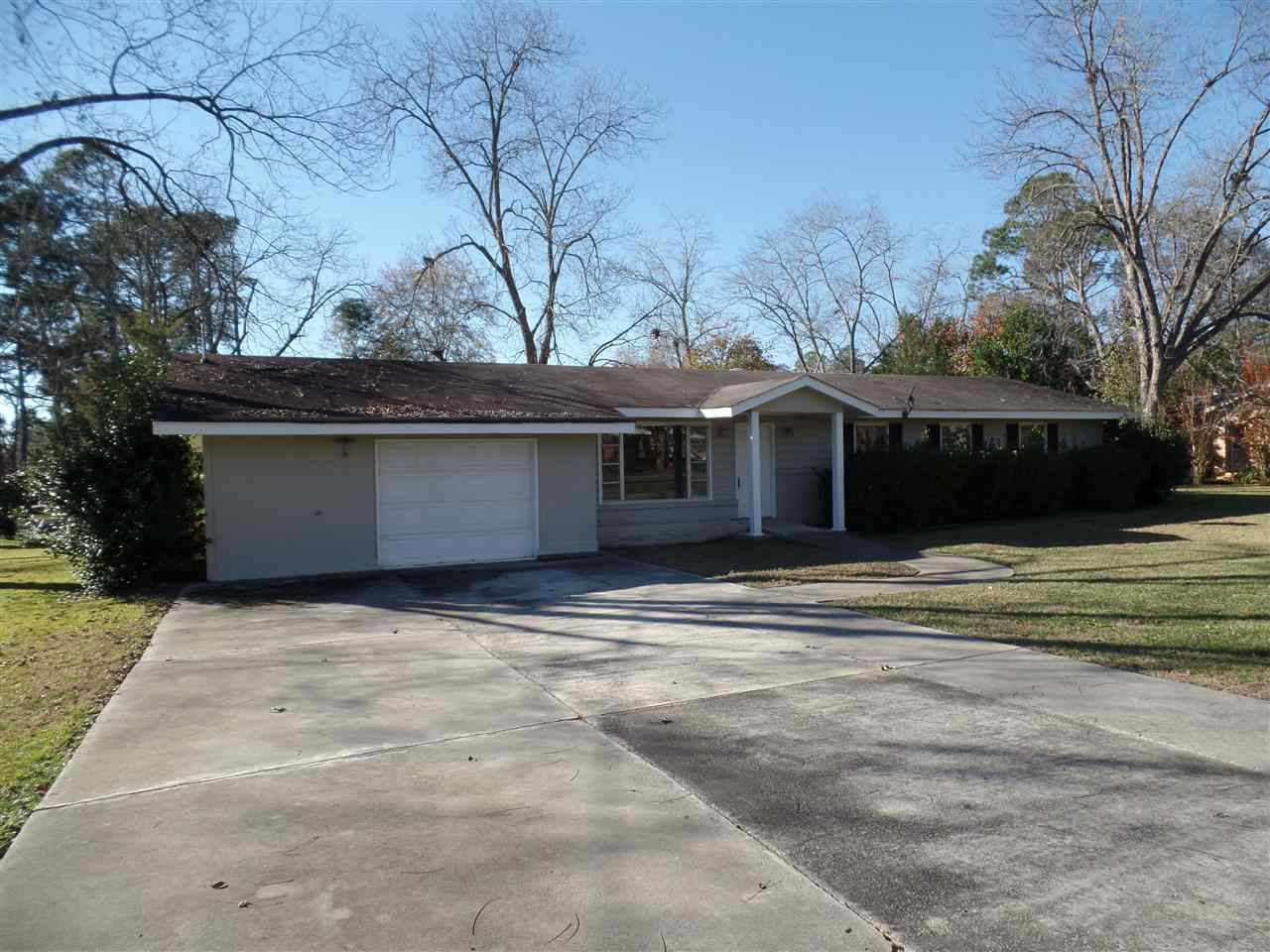 817 Moreland Avenue Perry Ga 31069 Coldwell Banker