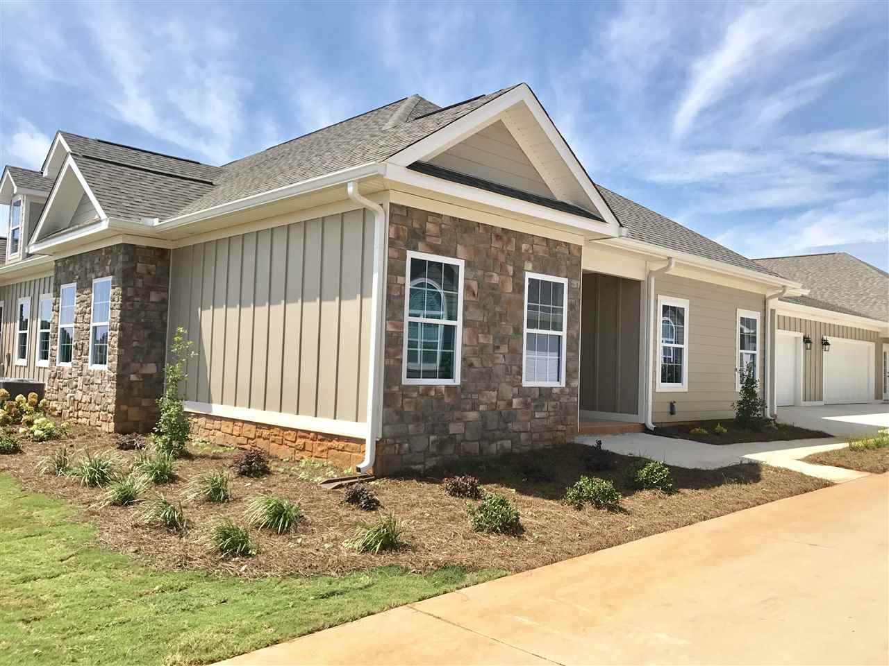 Williamsburg town homes subdivision in warner robins ga 31088 for Home builders in warner robins ga