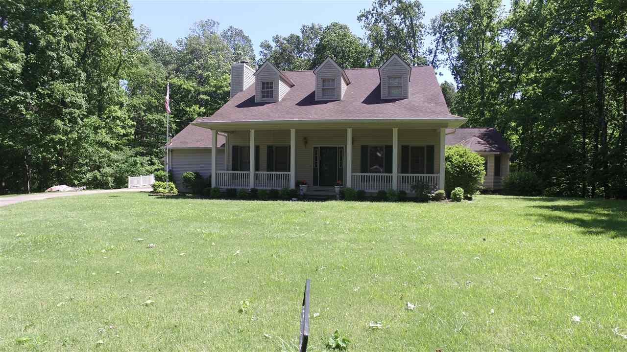 422 Walnut,Dyersburg,Tennessee 38024,6 Bedrooms Bedrooms,4 BathroomsBathrooms,Residential,422 Walnut,177541