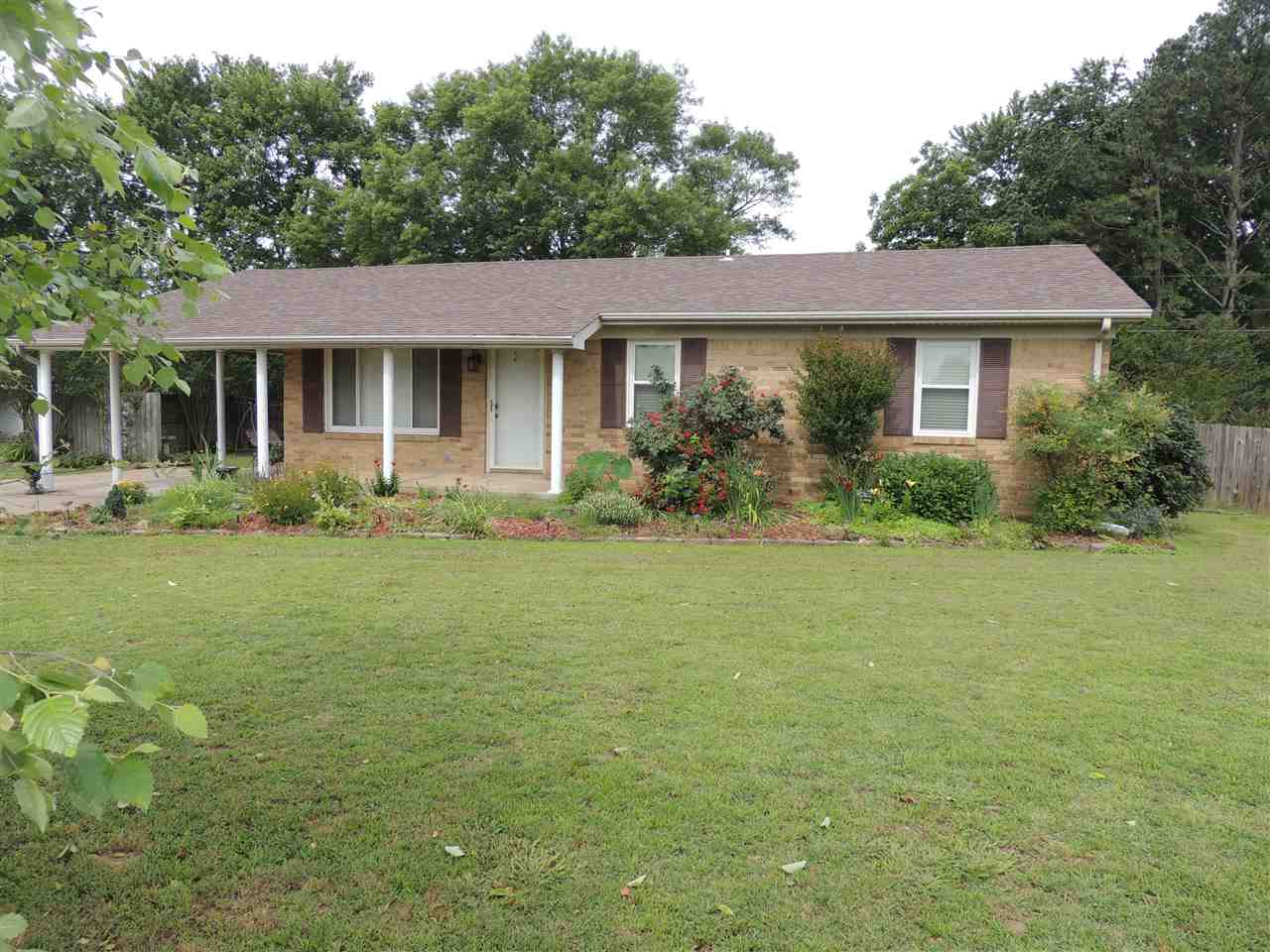 147 Powell Road,Dyersburg,Tennessee 38024,3 Bedrooms Bedrooms,2 BathroomsBathrooms,Residential,147 Powell Road,177945