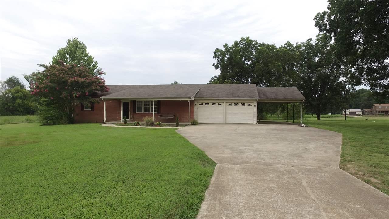 6867 Highway 104,Dyersburg,Tennessee 38024,2 Bedrooms Bedrooms,3 BathroomsBathrooms,Residential,6867 Highway 104,178895