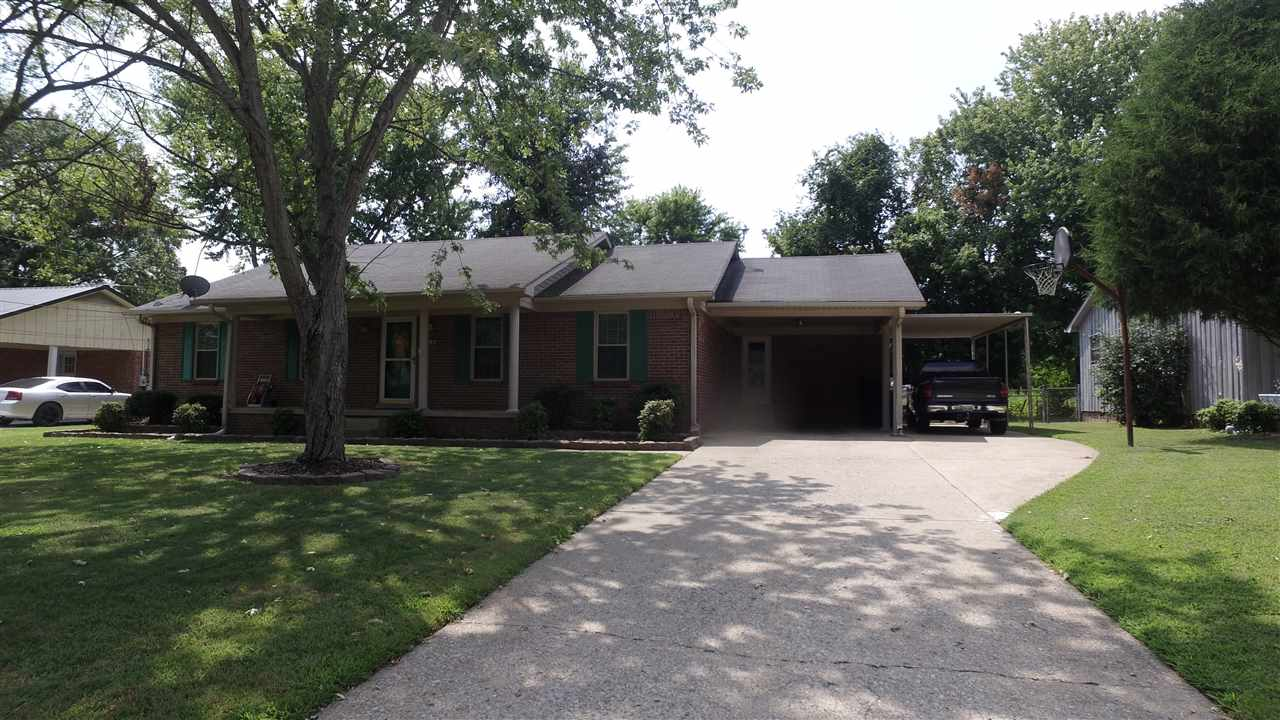 147 Magnolia Drive,Dyersburg,Tennessee 38024,3 Bedrooms Bedrooms,2 BathroomsBathrooms,Residential,147 Magnolia Drive,178974