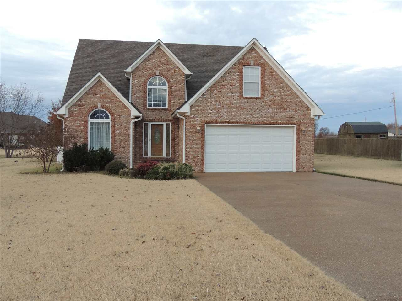 1104 Crowne Pointe Dr,Newbern,Tennessee 38059,4 Bedrooms Bedrooms,2 BathroomsBathrooms,Residential,1104 Crowne Pointe Dr,180662