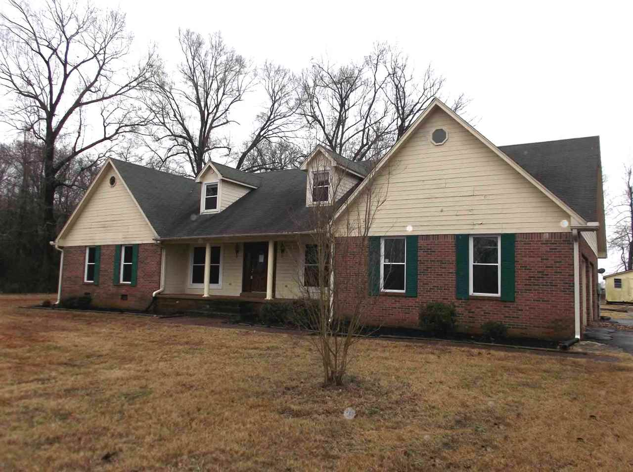 1197 Lower Brownsville Rd,Jackson,Tennessee 38301,3 Bedrooms Bedrooms,3 BathroomsBathrooms,Residential,1197 Lower Brownsville Rd,181063