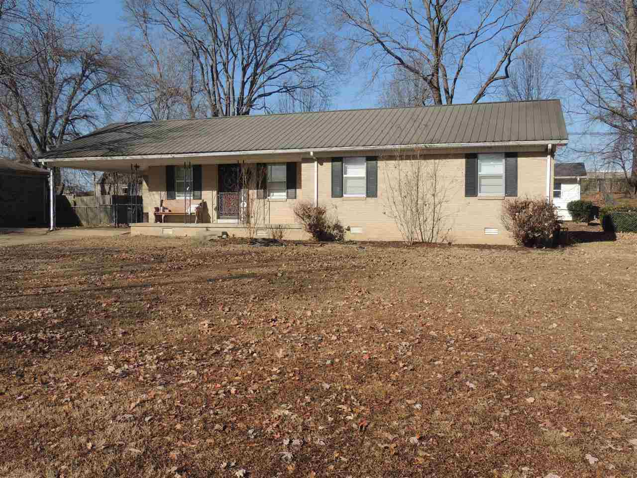 722 Jamestown Rd,Dyersburg,Tennessee 38024,3 Bedrooms Bedrooms,2 BathroomsBathrooms,Residential,722 Jamestown Rd,181080