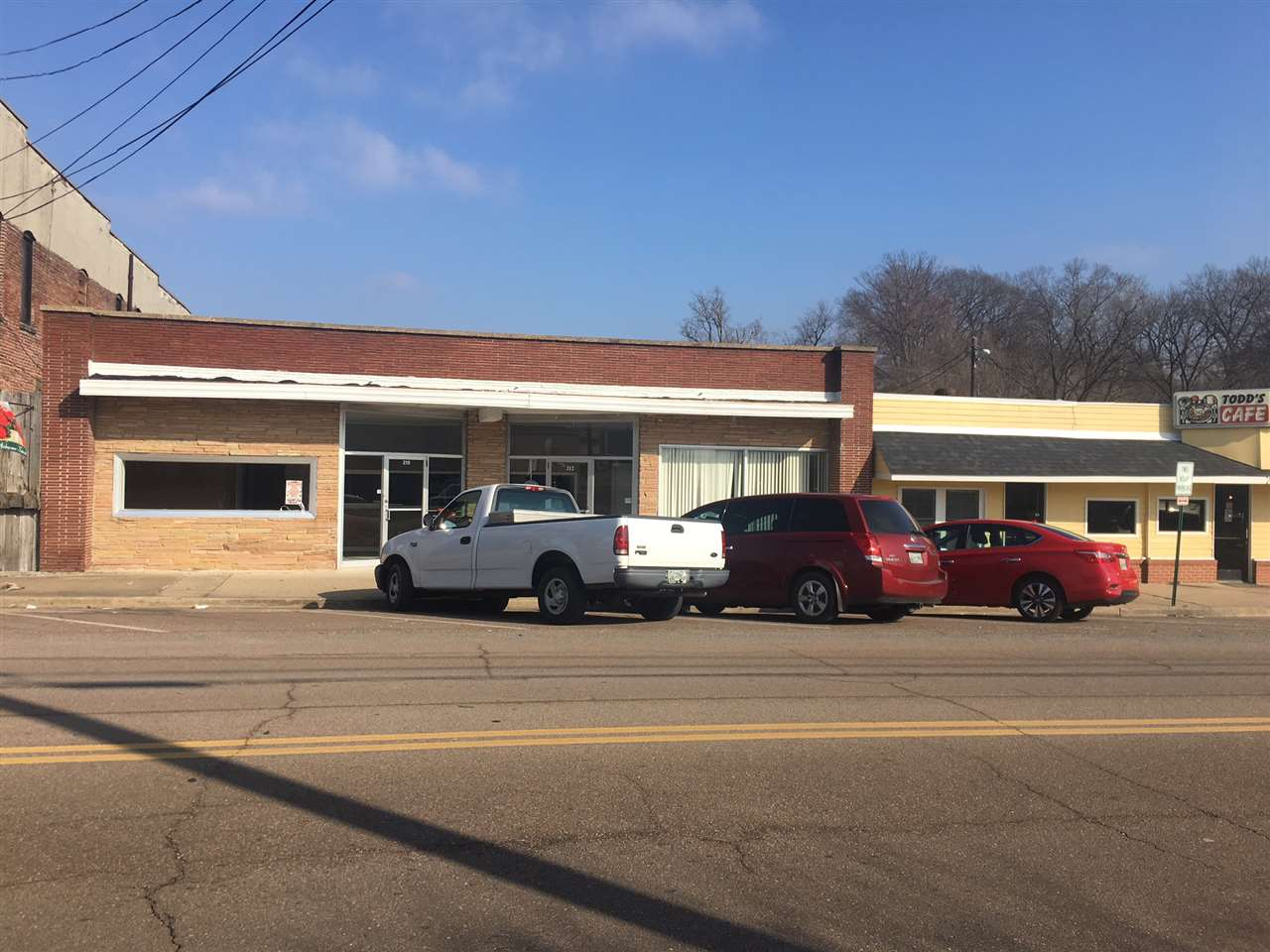 210 E Court St,Dyersburg,Tennessee 38024,Commercial/industrial,210 E Court St,181803
