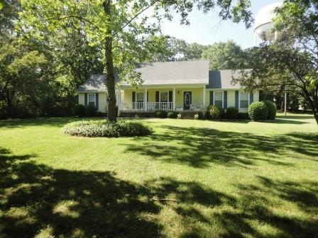 806 W Main Street,Henderson,Tennessee 38340,3 Bedrooms Bedrooms,2 BathroomsBathrooms,Residential,806 W Main Street,181881
