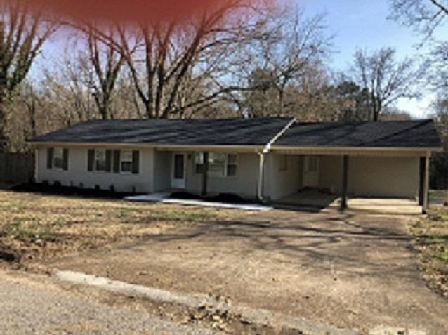 2210 McKnight,Humboldt,Tennessee 38343,4 Bedrooms Bedrooms,3 BathroomsBathrooms,Residential,2210 McKnight,181899
