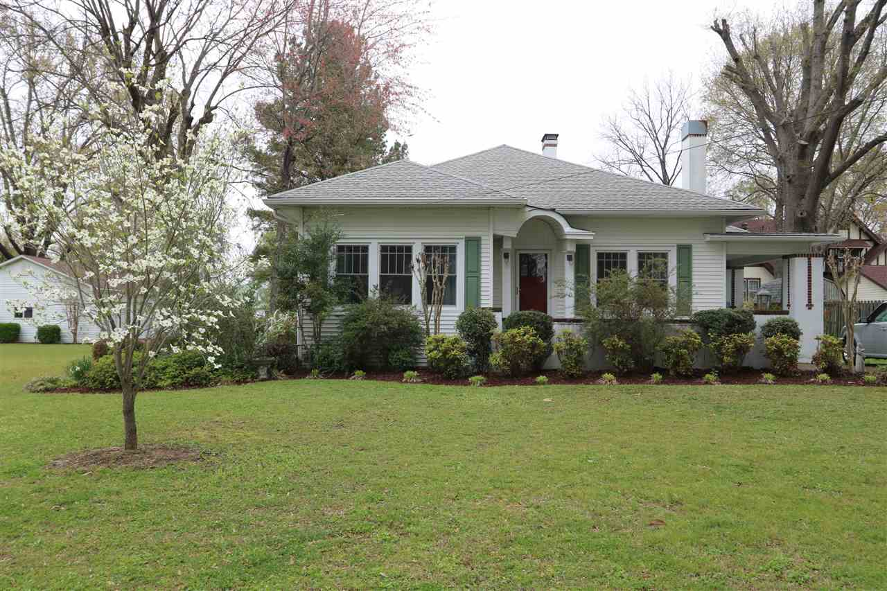 1138 Park Avenue,Milan,Tennessee 38358,3 Bedrooms Bedrooms,1 BathroomBathrooms,Residential,1138 Park Avenue,182337