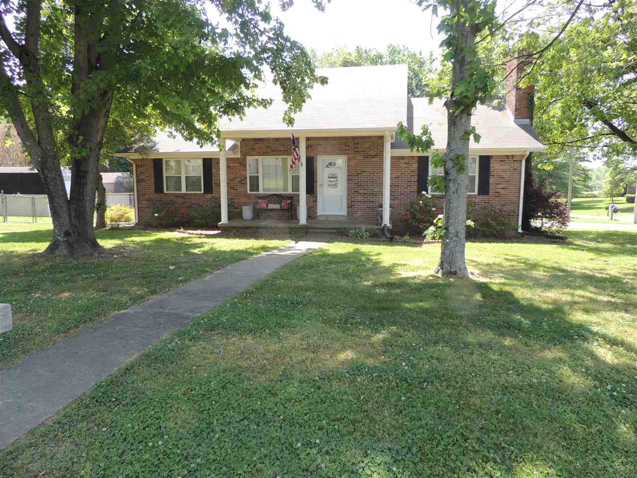 825 Nora Ave,Newbern,Tennessee 38059,4 Bedrooms Bedrooms,2 BathroomsBathrooms,Residential,825 Nora Ave,182778