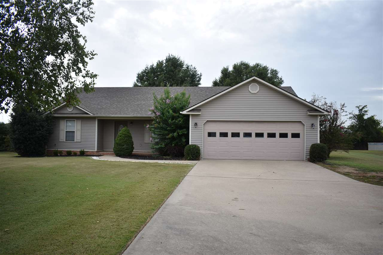 640 W Wind Drive Ext,Newbern,Tennessee 38059,3 Bedrooms Bedrooms,2 BathroomsBathrooms,Residential,640 W Wind Drive Ext,184335