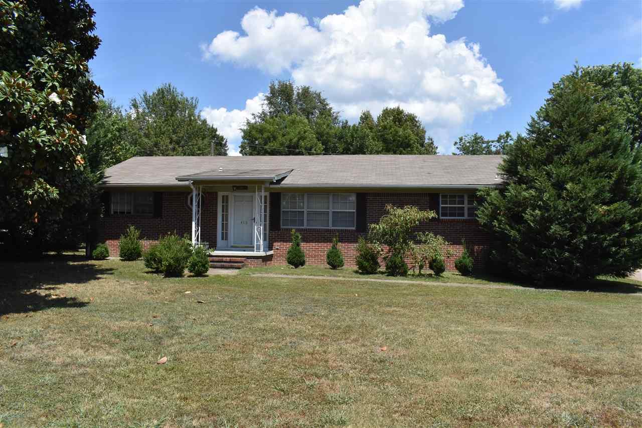 412 Edward St,Newbern,Tennessee 38059,4 Bedrooms Bedrooms,2 BathroomsBathrooms,Residential,412 Edward St,185049