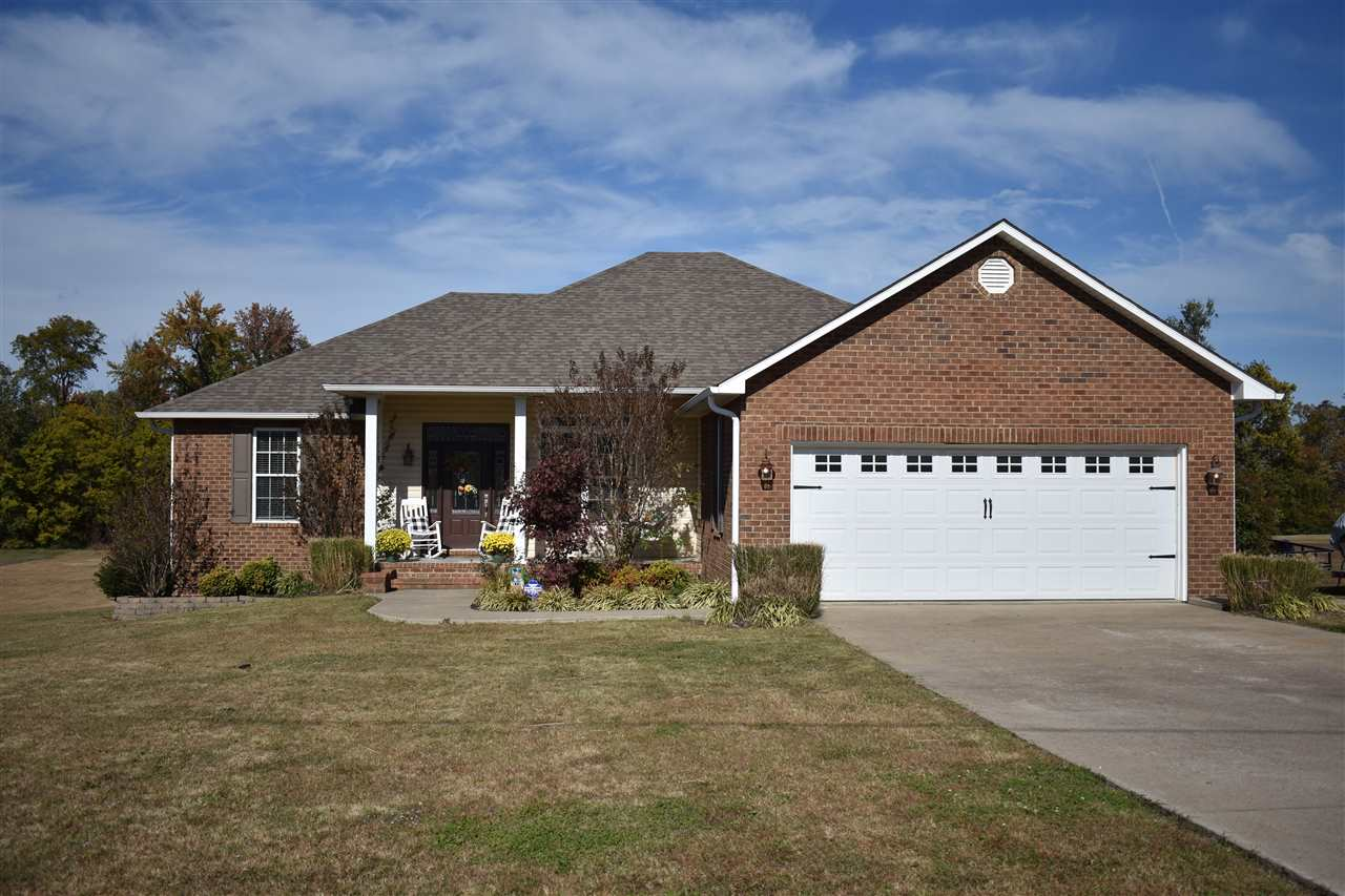 80 Hillside Cv,Dyersburg,Tennessee 38024,4 Bedrooms Bedrooms,3 BathroomsBathrooms,Residential,80 Hillside Cv,185533