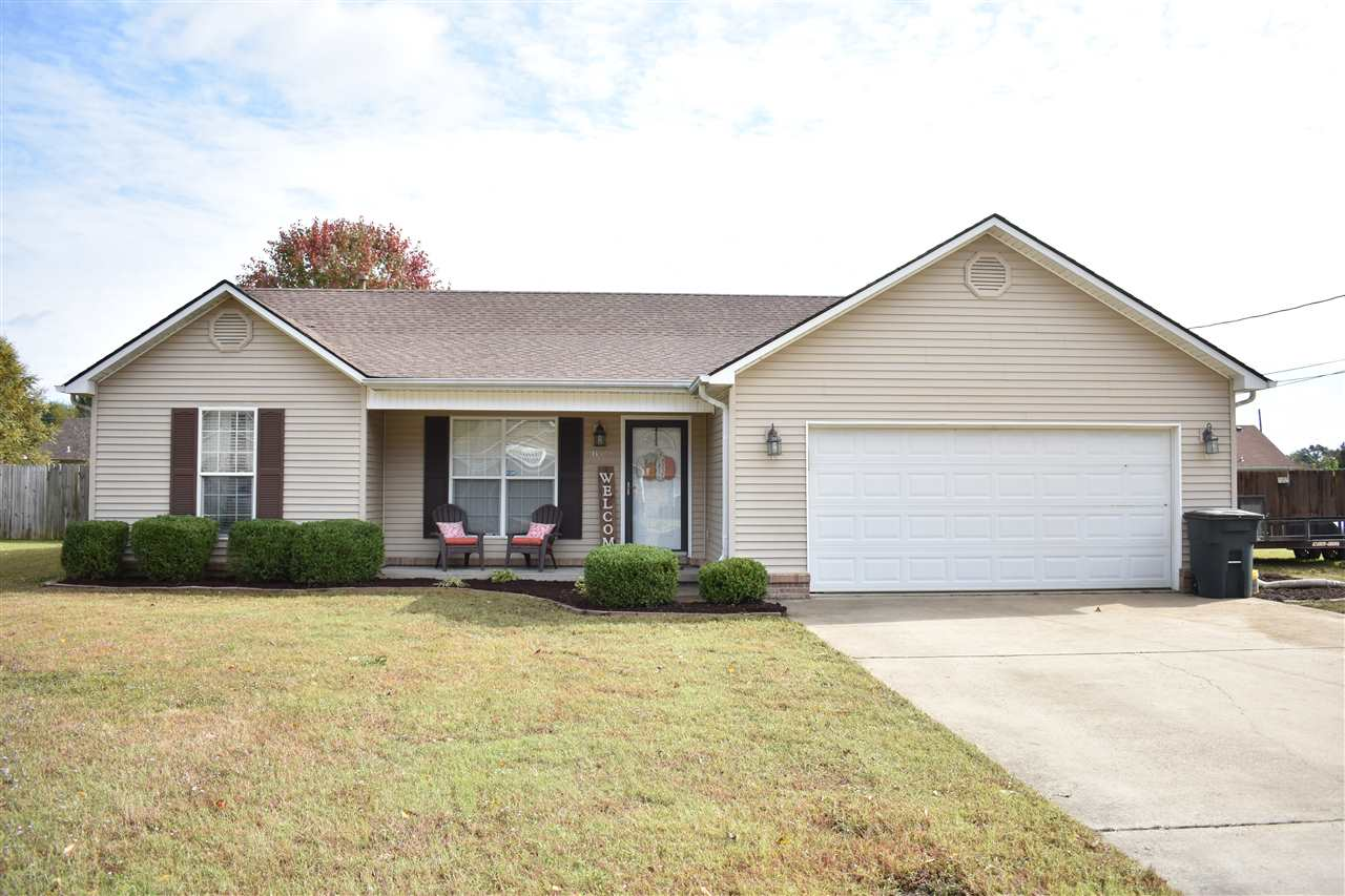 852 Blake Cv,Dyersburg,Tennessee 38024,3 Bedrooms Bedrooms,2 BathroomsBathrooms,Residential,852 Blake Cv,185611