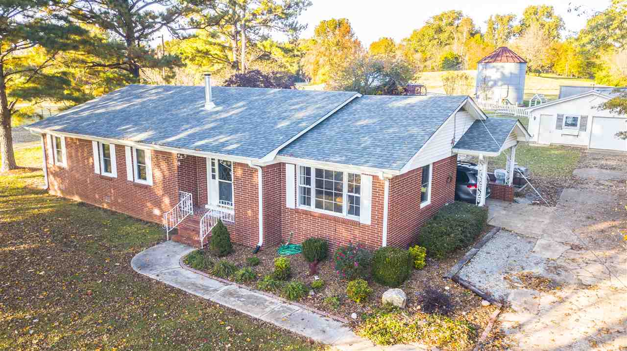 141 Bradford Hwy,Rutherford,Tennessee 38369,3 Bedrooms Bedrooms,2 BathroomsBathrooms,Residential,141 Bradford Hwy,185674
