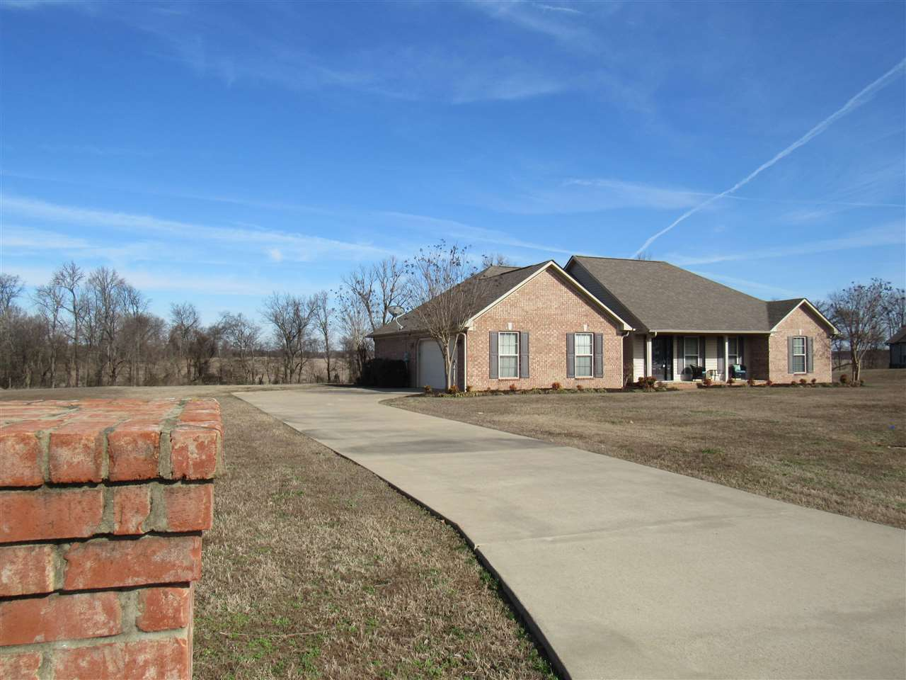 114 Hillside Cv,Dyersburg,Tennessee 38024,3 Bedrooms Bedrooms,2 BathroomsBathrooms,Residential,114 Hillside Cv,186602