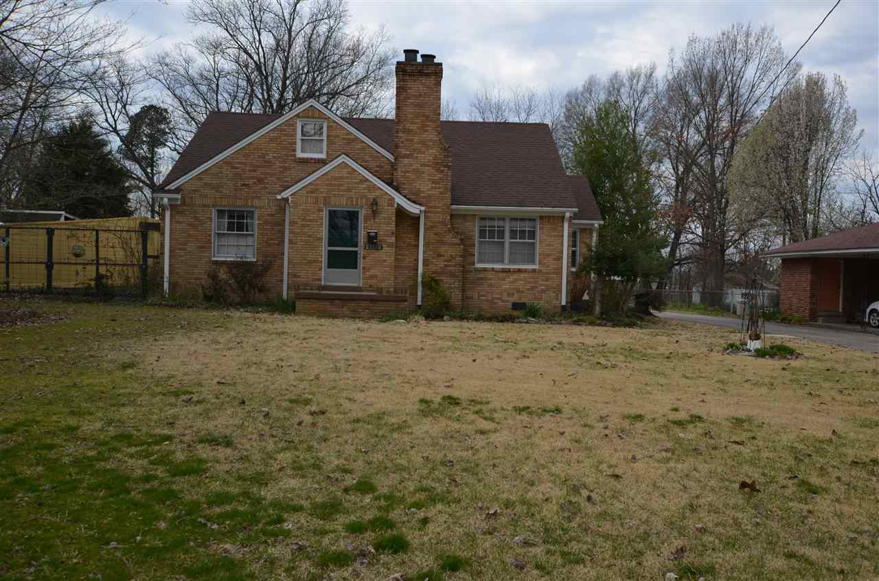 1111 N Park Avenue,Brownsville,Tennessee 38012,3 Bedrooms Bedrooms,1 BathroomBathrooms,Residential,1111 N Park Avenue,187226