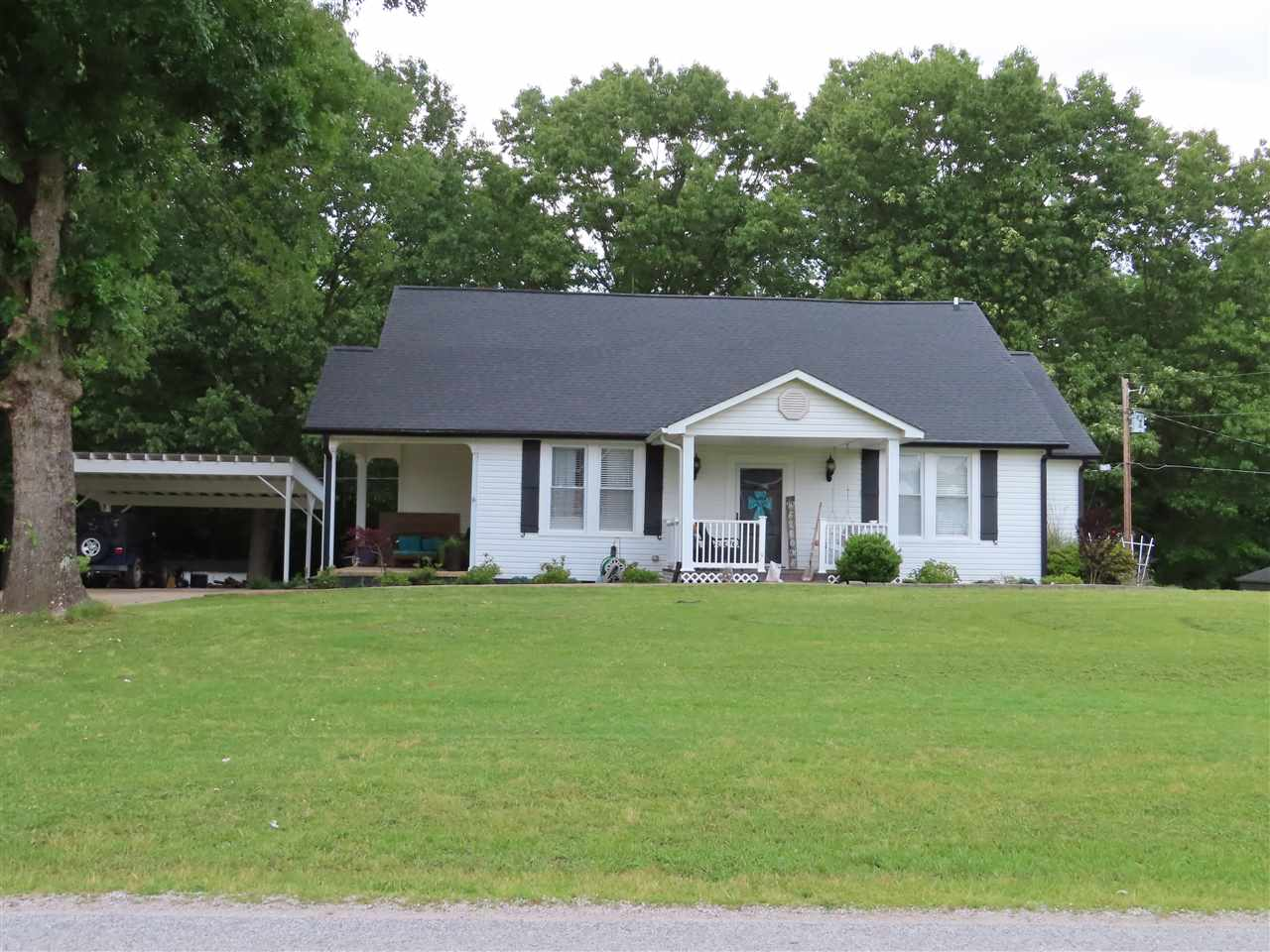 715 Williams Road,Henderson,Tennessee 38340,3 Bedrooms Bedrooms,3 BathroomsBathrooms,Residential,715 Williams Road,188301
