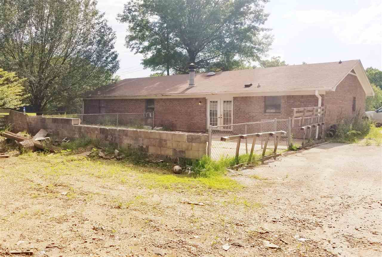 539 1/2 Old Denmark Road,Jackson,Tennessee 38301,9 Bedrooms Bedrooms,2 BathroomsBathrooms,Residential,539 1/2 Old Denmark Road,188389