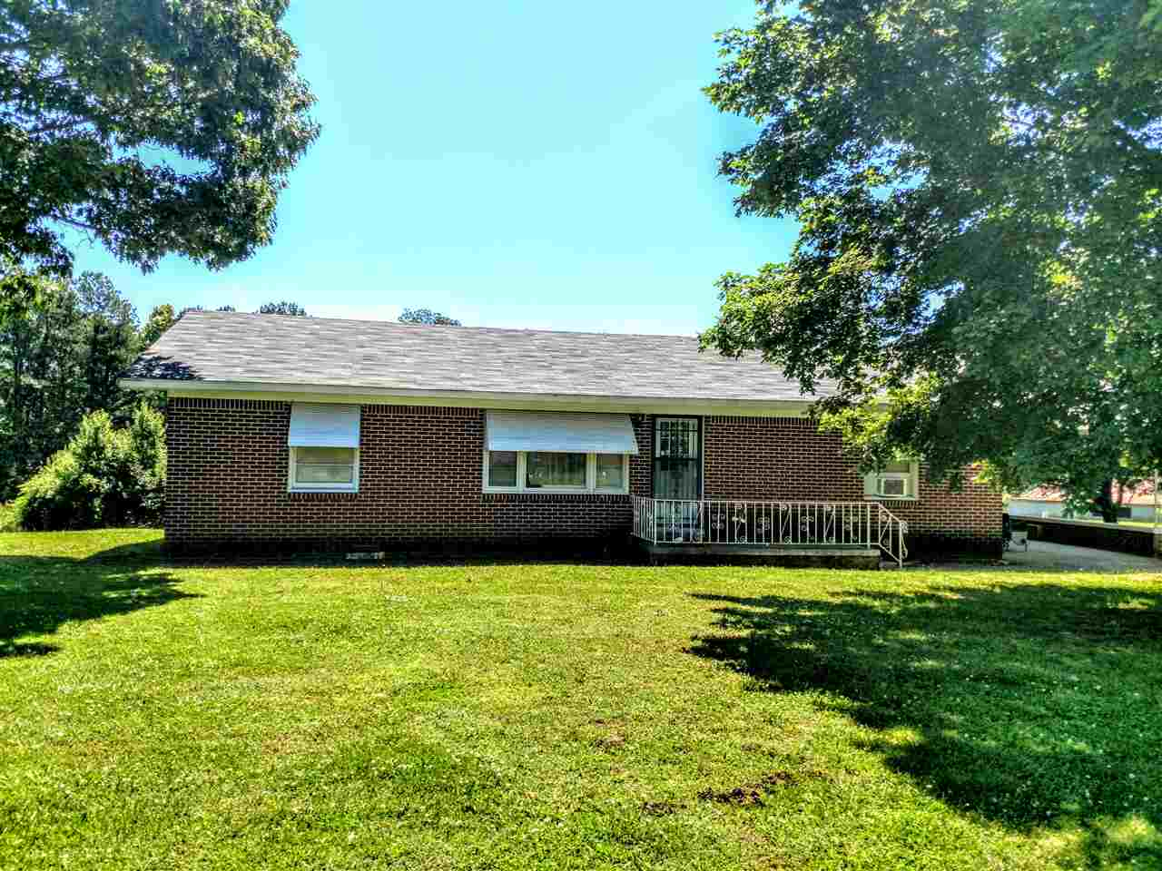 2315 U S Hwy 45 Bypass,Trenton,Tennessee 38382,3 Bedrooms Bedrooms,1 BathroomBathrooms,Residential,2315 U S Hwy 45 Bypass,188390