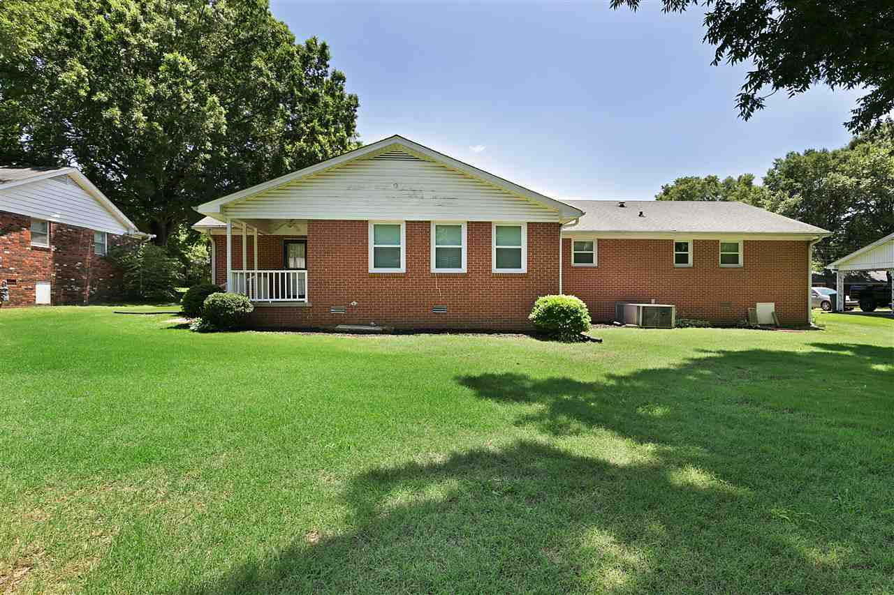 75 Lesa Drive,Jackson,Tennessee 38305,3 Bedrooms Bedrooms,2 BathroomsBathrooms,Residential,75 Lesa Drive,188719