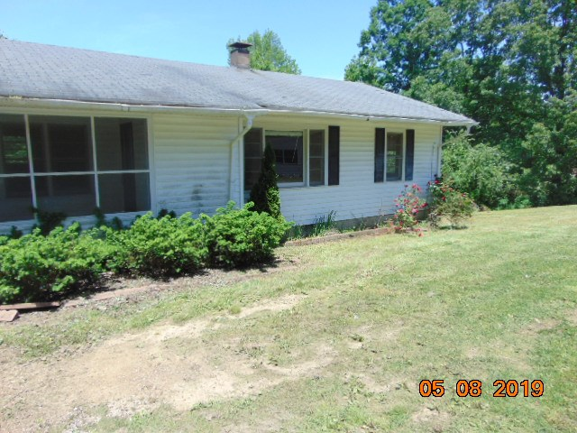 415 Mayo,Lexington,Tennessee 38351,3 Bedrooms Bedrooms,1 BathroomBathrooms,Residential,415 Mayo,189322