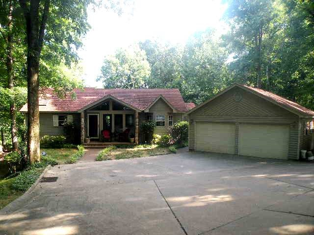 1534 Kelly Road, Dyersburg, Tennessee 38024, 3 Bedrooms Bedrooms, ,2 BathroomsBathrooms,Residential,For Sale,1534 Kelly Road,200024