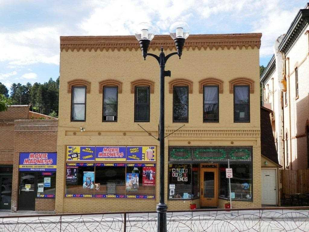 209-211 Main Street