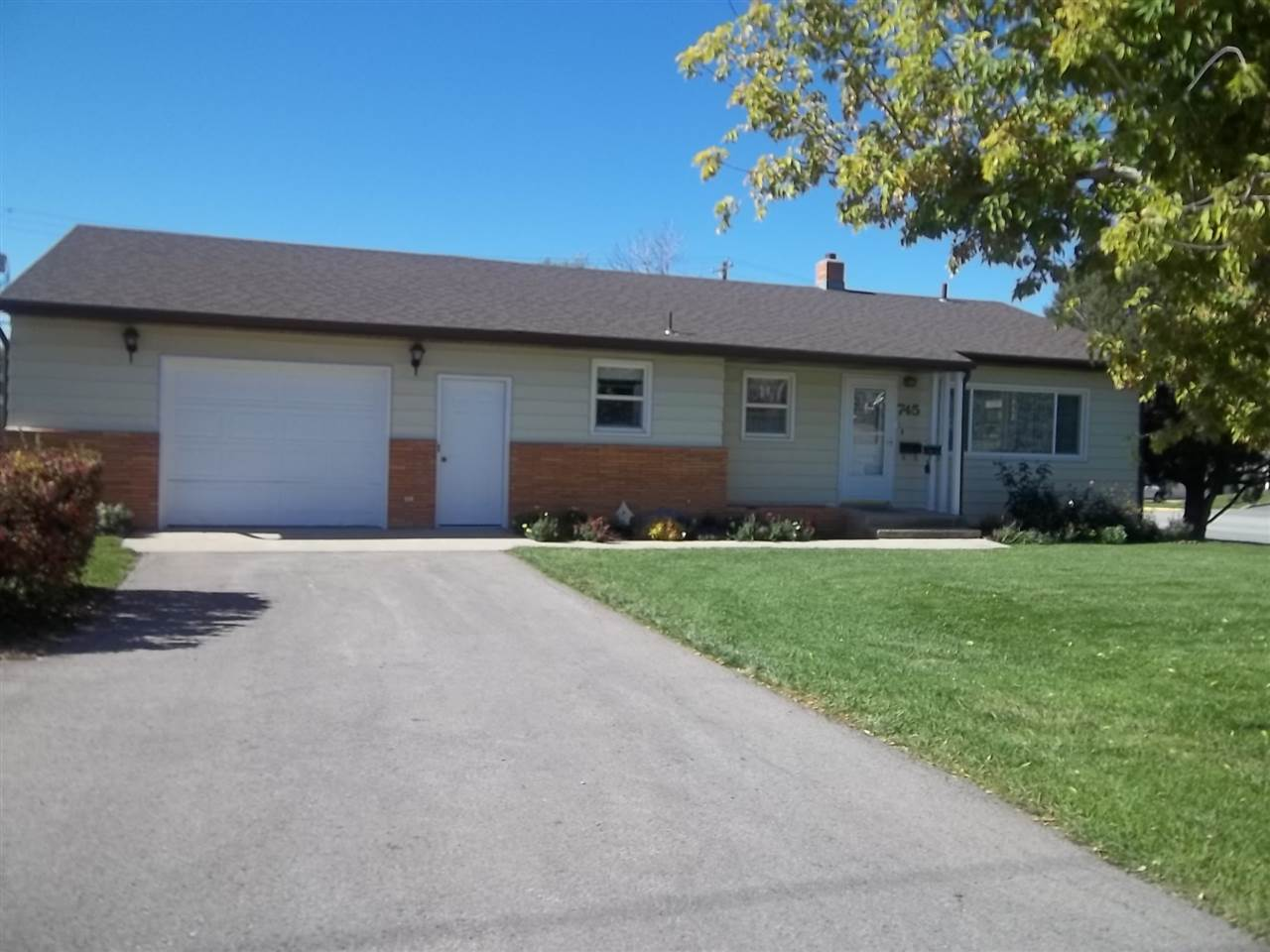 745 11th Street, Spearfish, SD 57783