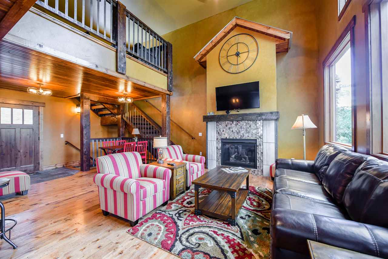 21178 Gilded Mountain Road