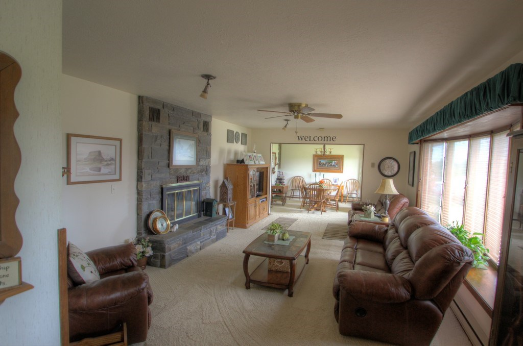 4225 Old Belle Road