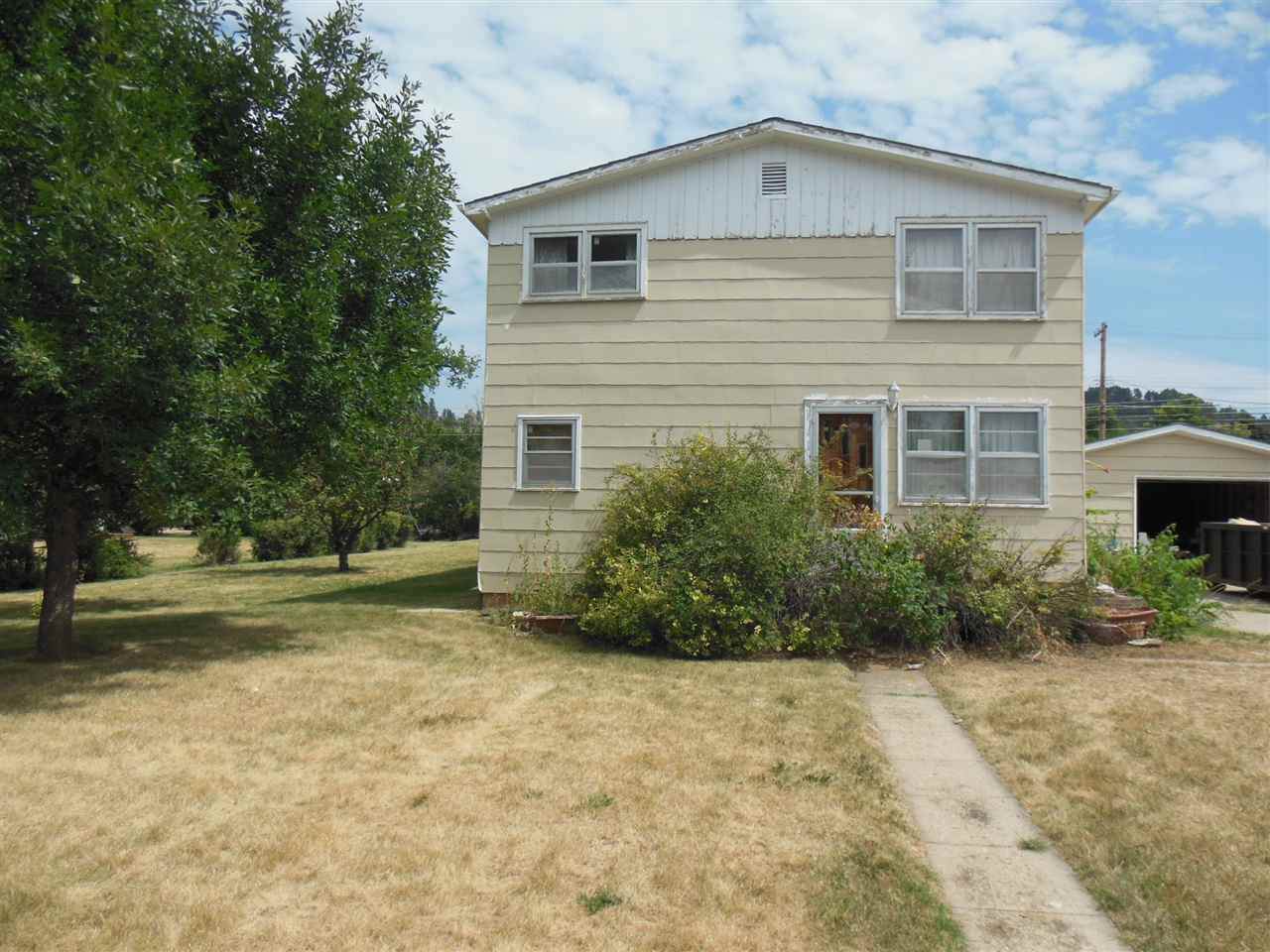 922 State Street, Spearfish, SD 57783