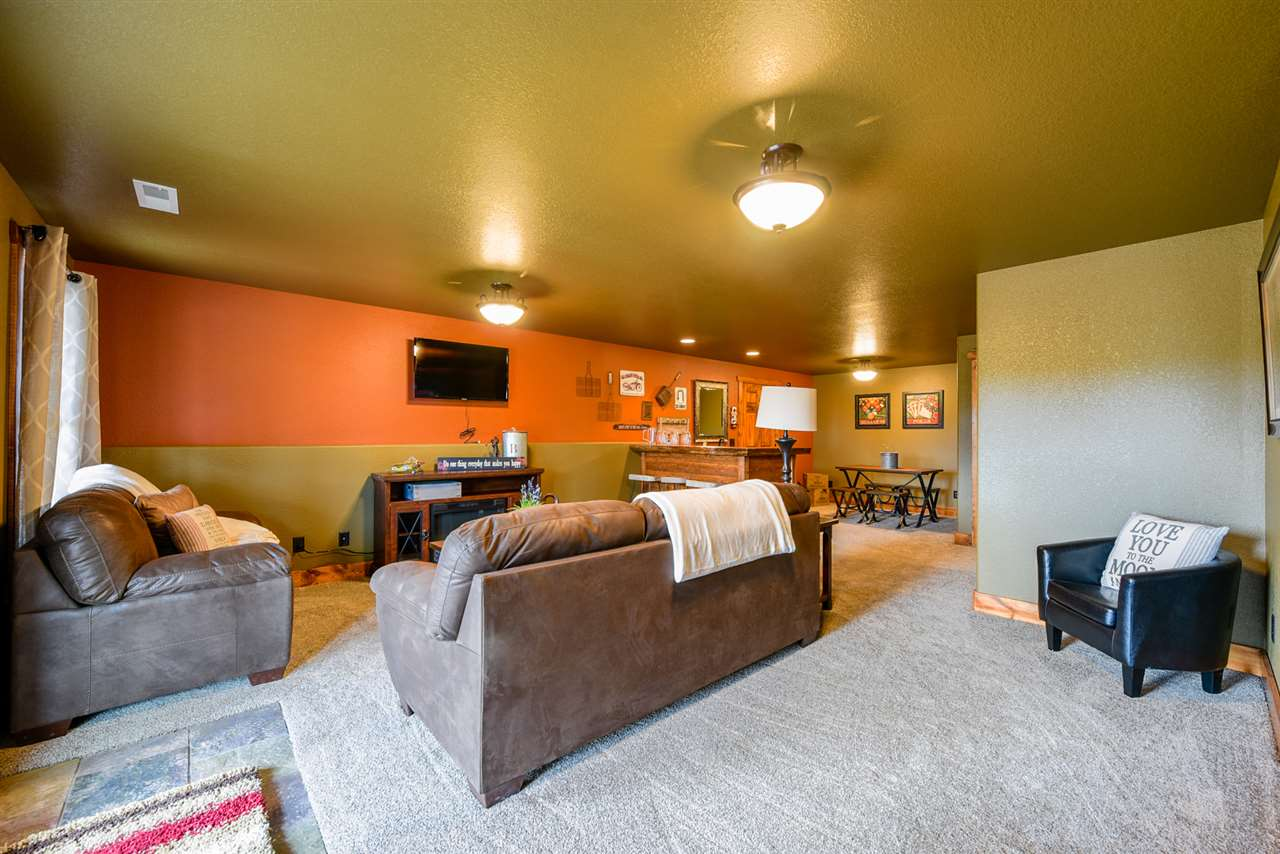 21177 Gilded Mountain Road