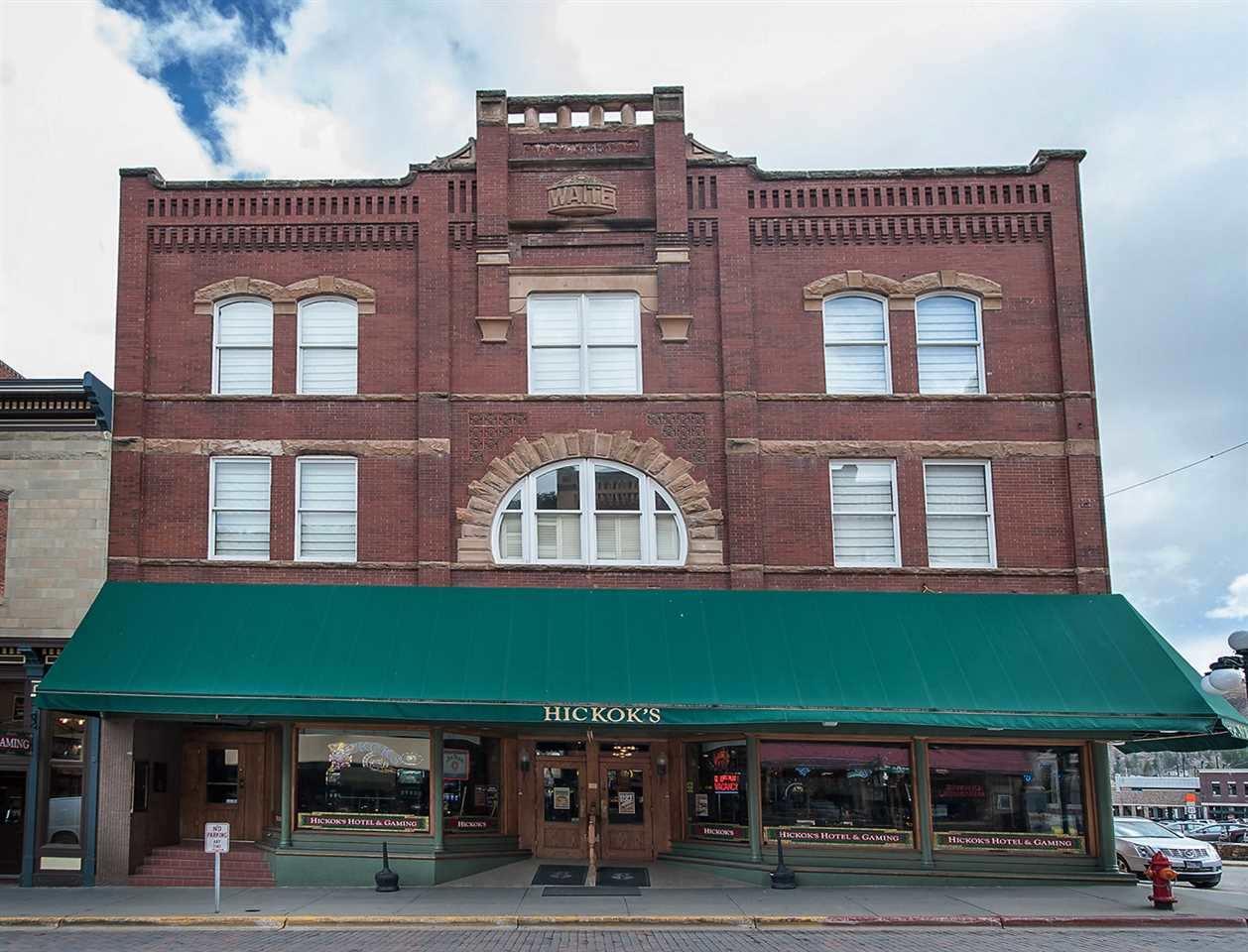 685 Main Street