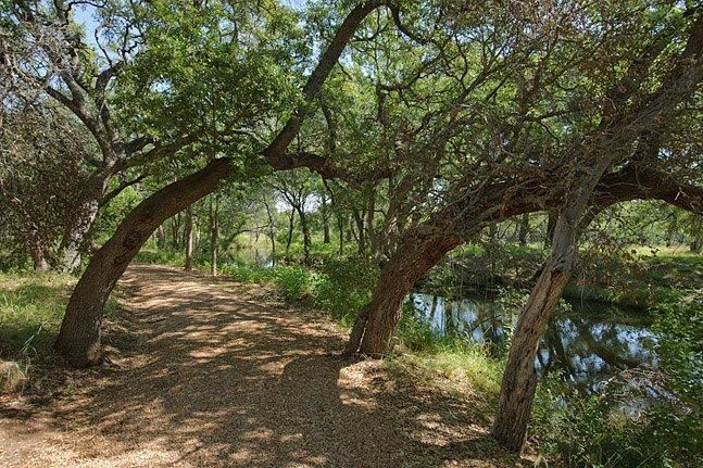 Additional photo for property listing at Lot 71 The Trails Parkway (Creekside) Lot 71 The Trails Parkway (Creekside) Horseshoe Bay, Texas 78657 Estados Unidos