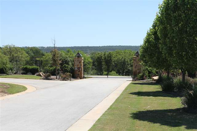 Additional photo for property listing at 27 Westgate Loop  Horseshoe Bay, Texas 78657 United States