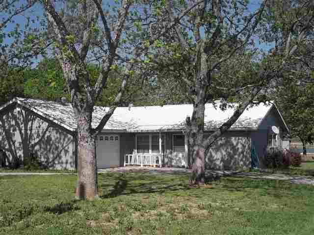 Single Family Home for Sale at 114 Lakeview Buchanan Dam, Texas 78609 United States