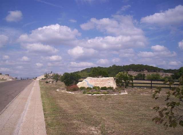 Terreno por un Venta en lot 113 Oak Crest Drive Drive Bertram, Texas 78605 Estados Unidos