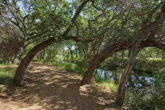 Additional photo for property listing at Lot 51-A Kathy Cove Lot 51-A Kathy Cove Horseshoe Bay, Texas 78657 Estados Unidos