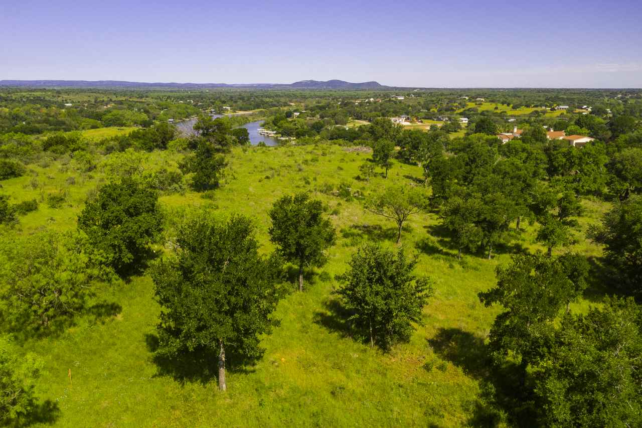 Additional photo for property listing at Lot 20-B Rock'n Robyn Trail Lot 20-B Rock'n Robyn Trail Horseshoe Bay, Texas 78657 Estados Unidos