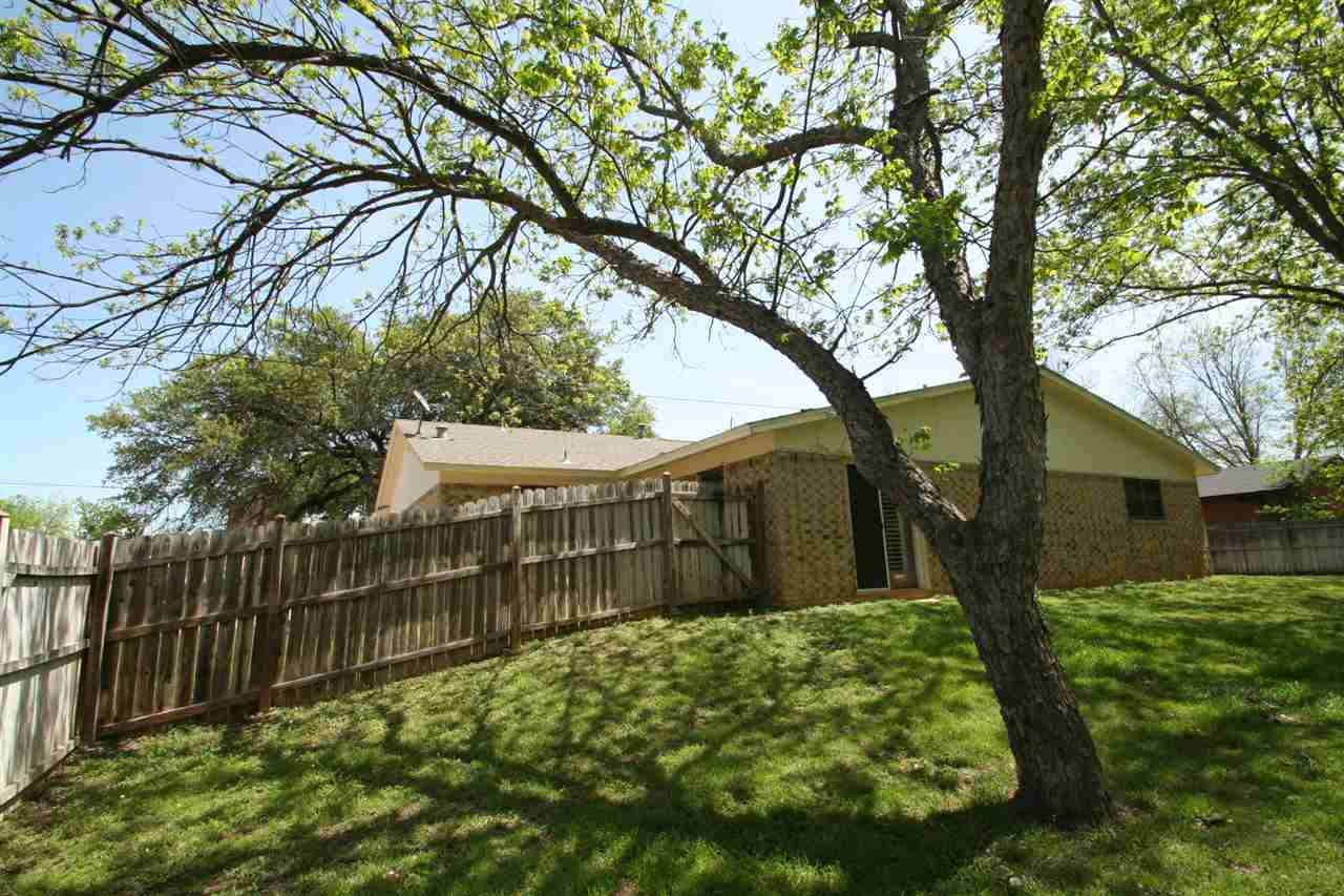 Additional photo for property listing at 1205 Oatman Street  Llano, Texas 78643 United States