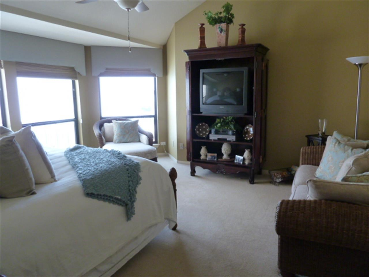 Additional photo for property listing at 1215 The Cape  Horseshoe Bay, Texas 78657 Estados Unidos