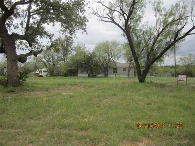 Additional photo for property listing at 33 Austin  Kingsland, Texas 78639 United States