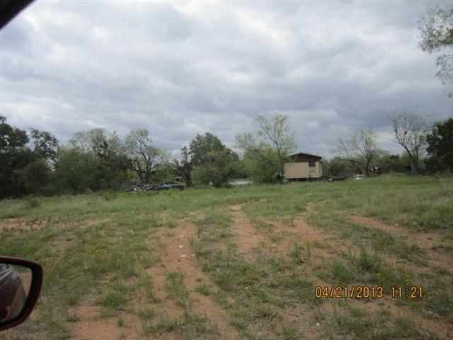 Additional photo for property listing at 37 Austin  Kingsland, Texas 78639 United States