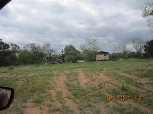 Additional photo for property listing at 37 Austin  Kingsland, Texas 78639 Estados Unidos