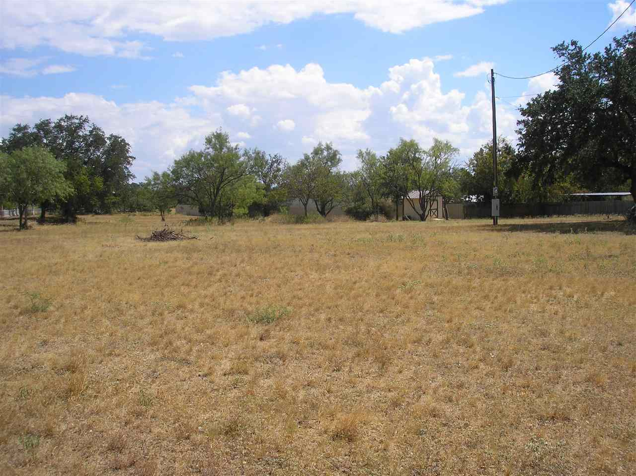 Additional photo for property listing at 102 Circle Drive  Sunrise Beach, Texas 78643 United States