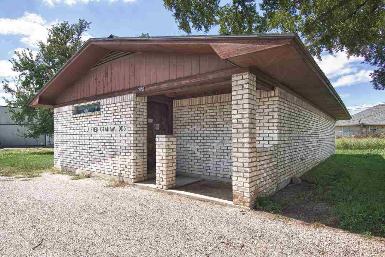 Commercial for Sale at 2000 US HWY 281 Marble Falls, Texas 78654 United States
