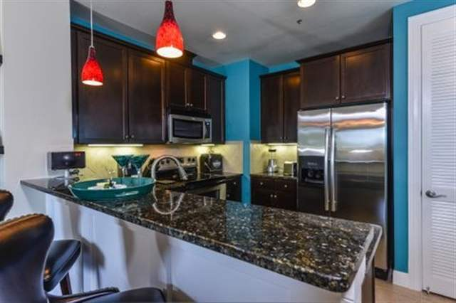 Additional photo for property listing at 98 Island Drive #21 98 Island Drive #21 Horseshoe Bay, Texas 78657 Estados Unidos