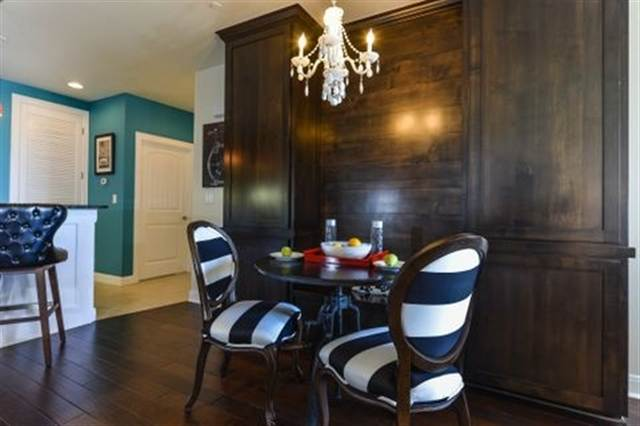 Additional photo for property listing at 98 Island Drive #21  Horseshoe Bay, Texas 78657 Estados Unidos