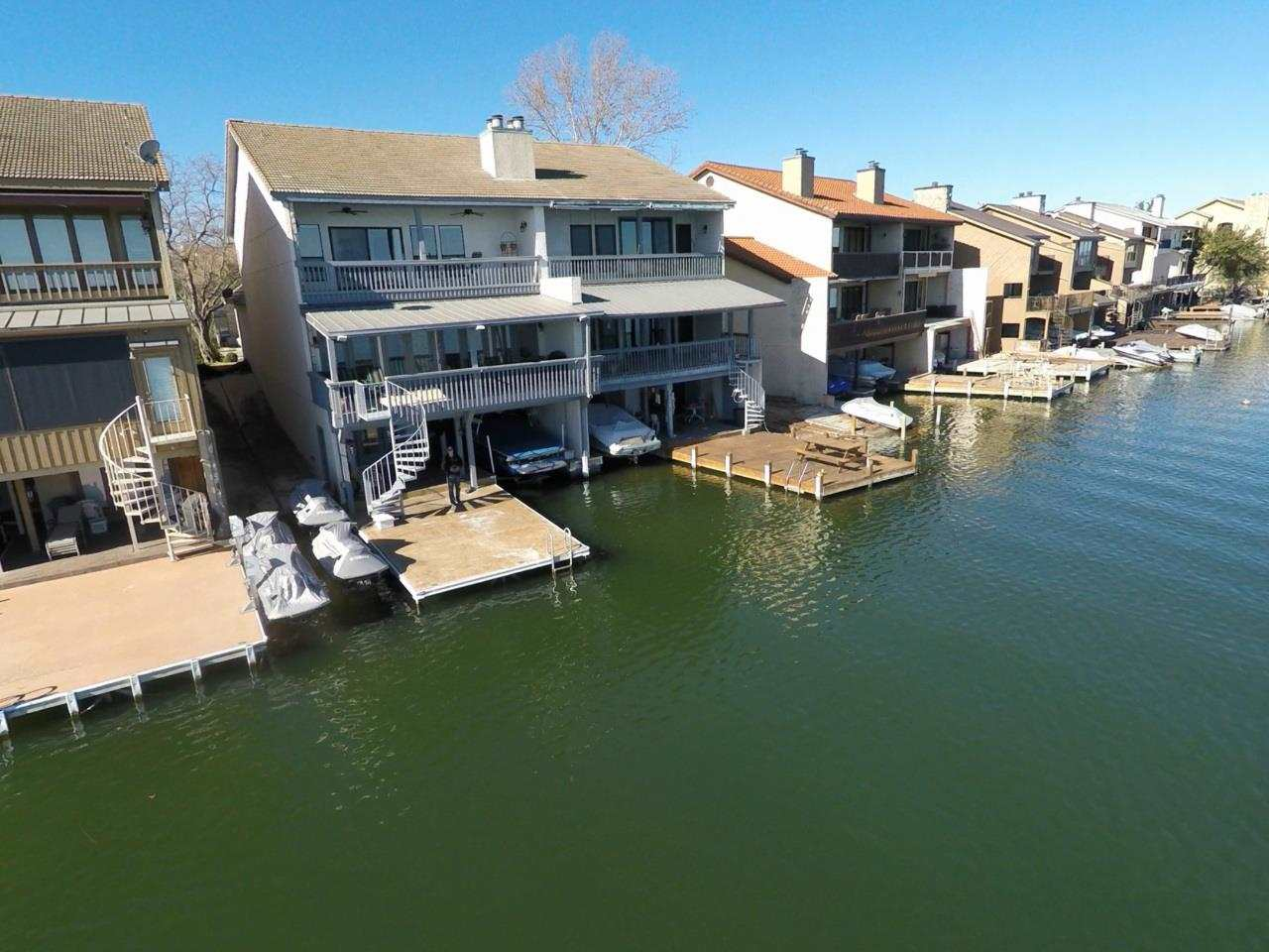 Condominio por un Venta en 1103 The Cape Horseshoe Bay, Texas 78657 Estados Unidos